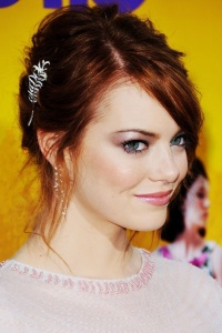 Emma Stone with an Antique Brooch.  Source: Pinterest.