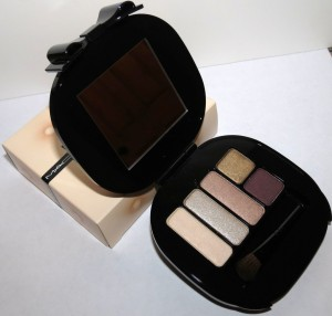 MAC Eye Shadow 2