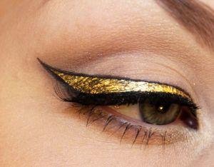 Gold Cat EyeSource: http://psychosandra.blogg.se/
