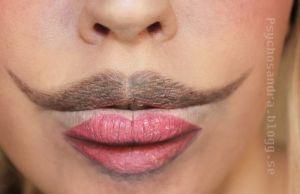 Moustache Lips by Sandra HolmbomSource: http://psychosandra.blogg.se/