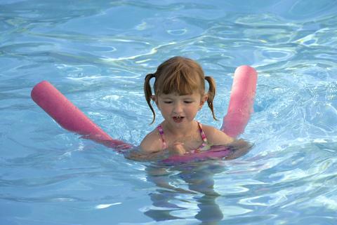 Summer Hair Girl in Pool